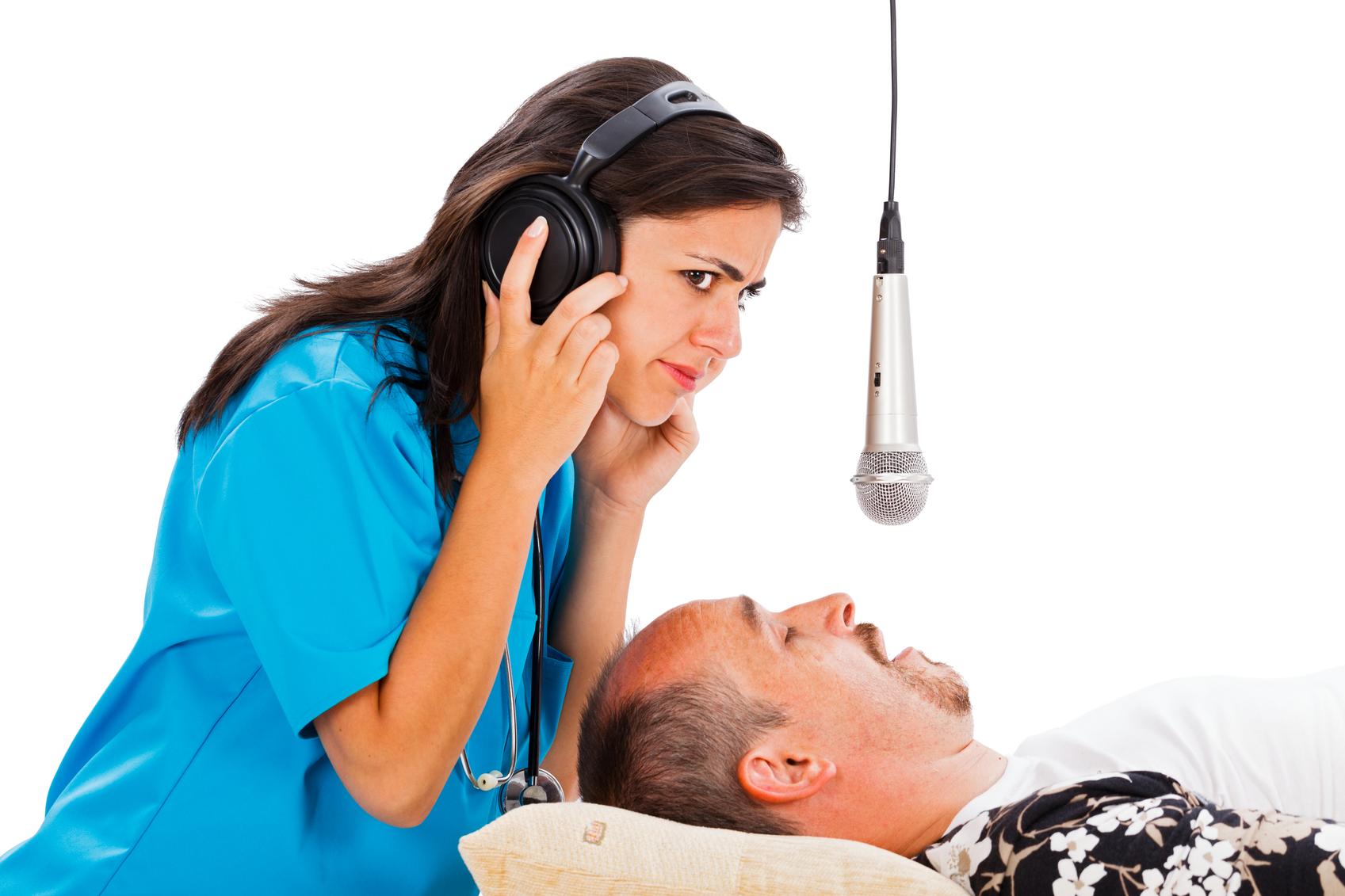 Почему человек говорит во сне: основные причины.